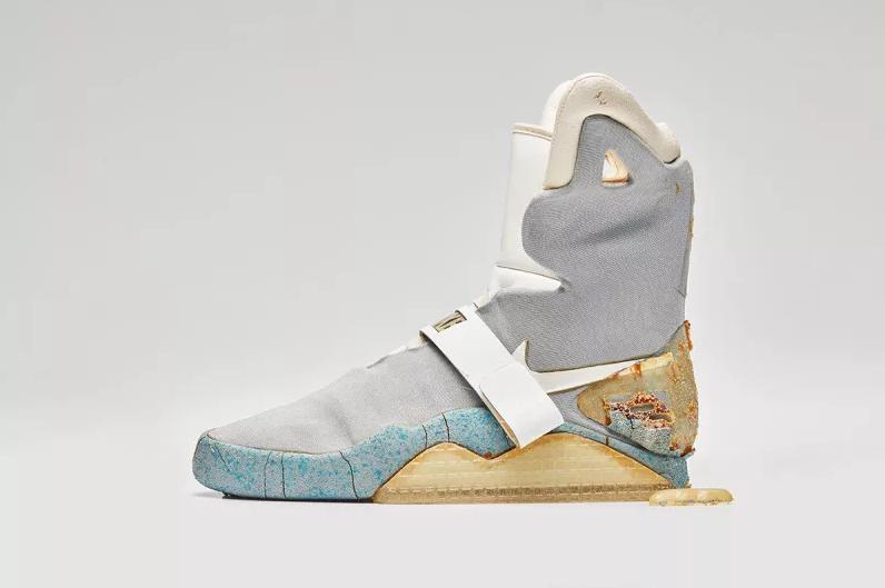 Retour Le Chaussures Dans 2 Vont Vers Se Les Futur Utilisées TwU7Ta